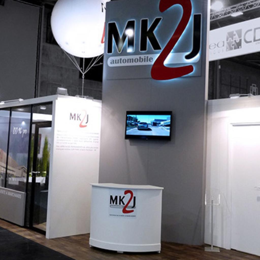 Stand design et épuré aux couleurs de MK2J