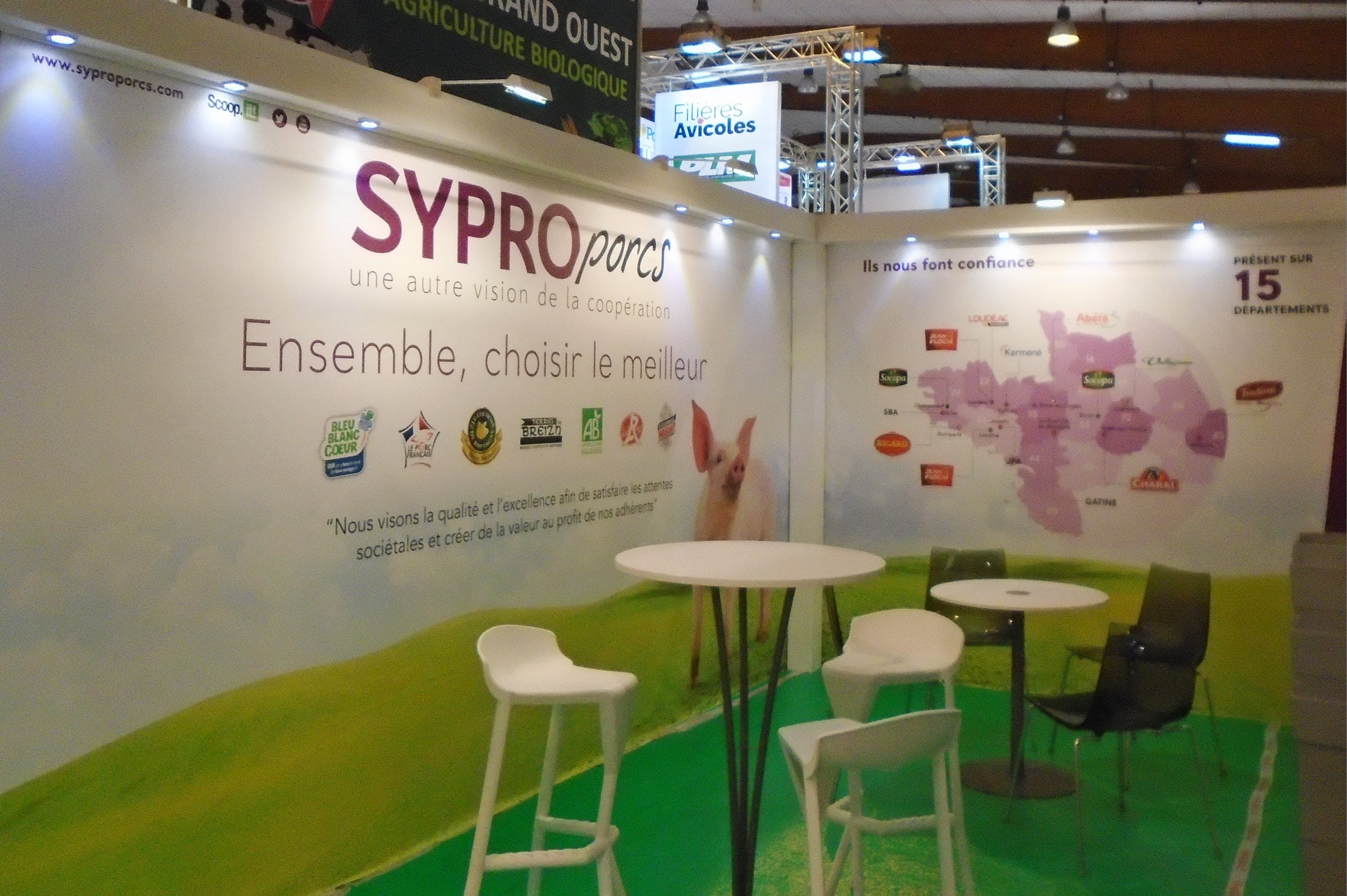 Création graphique du stand de SYPROPORCS pour le salon du SPACE à Rennes