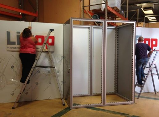 montage-stand-modulaire-aluvision